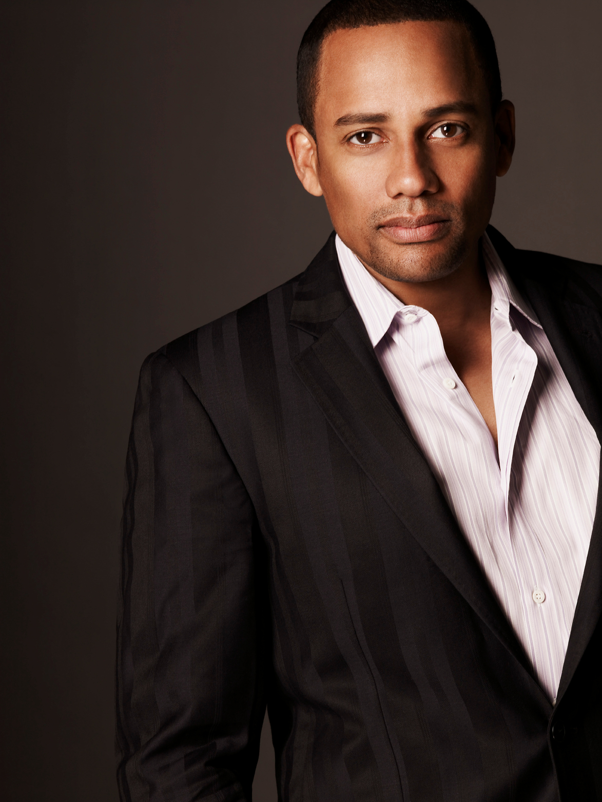 Hill Harper will speak at the 2014 Commencement Exercises