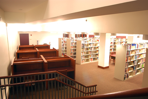 Photo of lower level of library in Federal Building