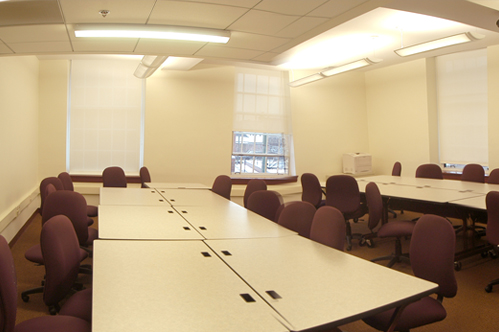 Photo of meeting room/classroom at Federal Building