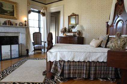 Bedroom at Nesmith House