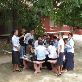 Photo students in cambodia